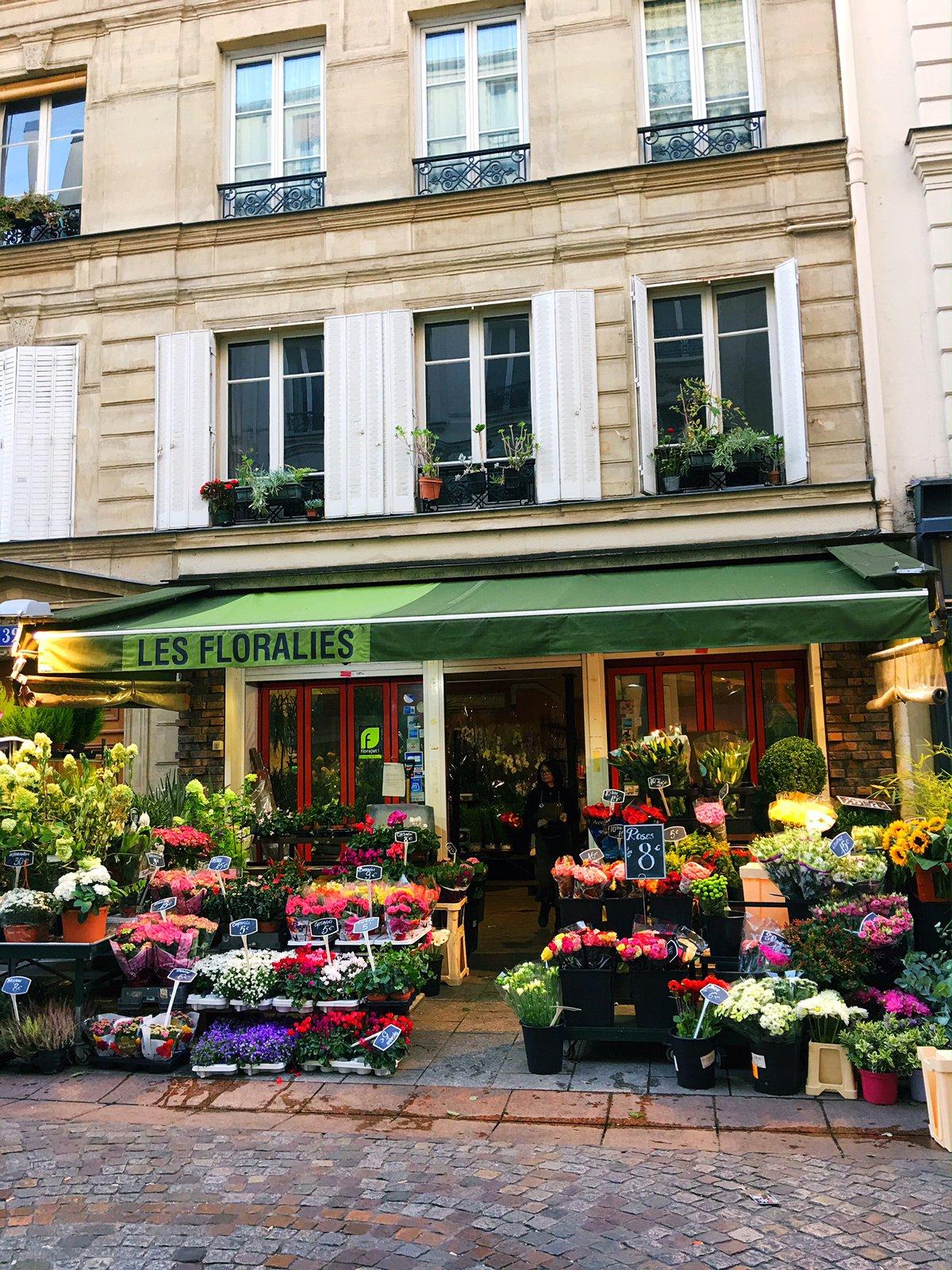 Rue Cler Les Floralies